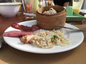 どちらかと言えば中華系のお皿。