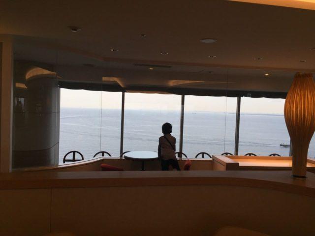 海側の眺望です。こちらもおススメ。いつもすいていてゆっくりできます。