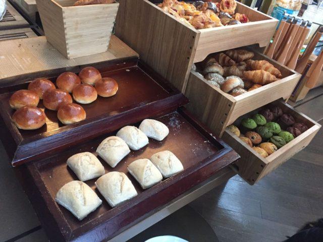 パンはそれほど種類は多くはなかったです。多くても10種類ぐらいでしょうか。