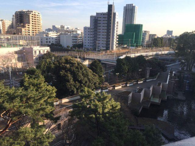 お部屋からの眺め。新幹線が見えるところがファミリールームならではでしょうか。