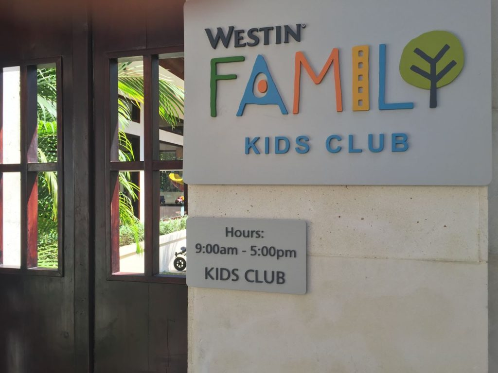 westin-nusadua-kidsclub-signboard