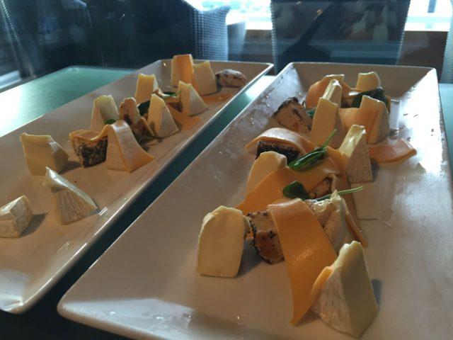 チーズは自由にとってOKです。