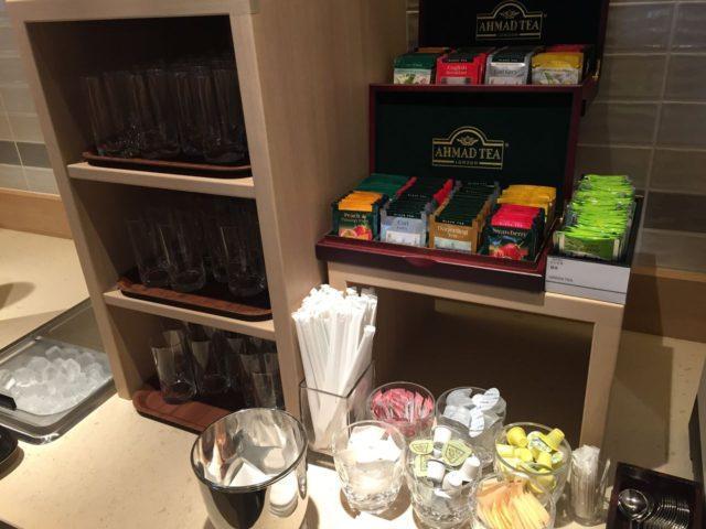 sheraton-tokyo-bay-clublounge-tea