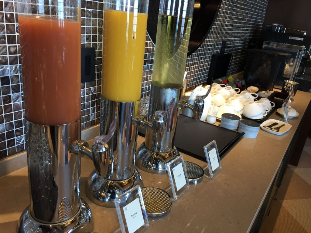 yokohama-sheraton-juice