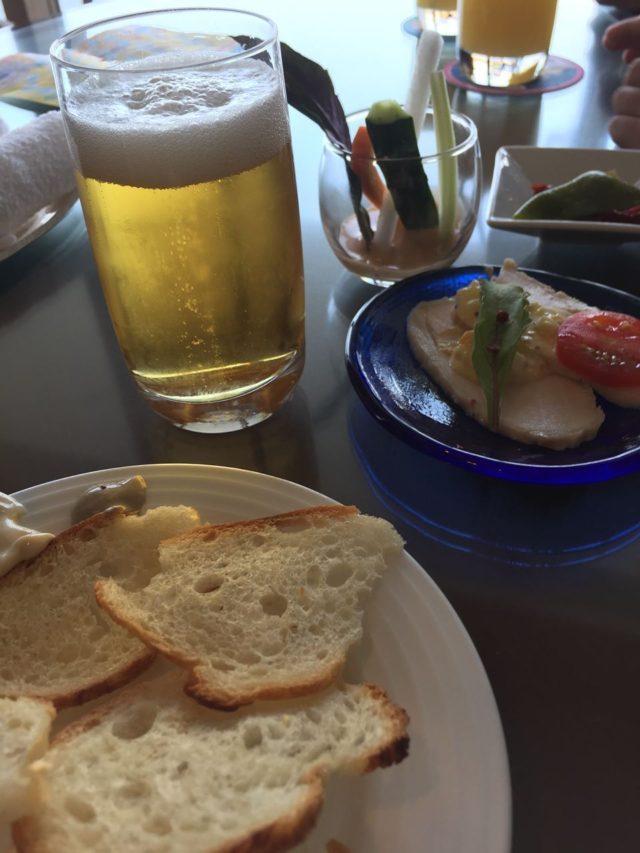 やっぱり沖縄ではビールがすすみますね。