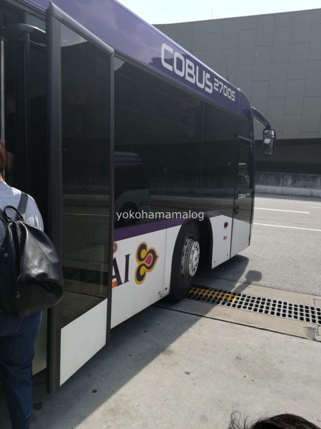 バス移動です。