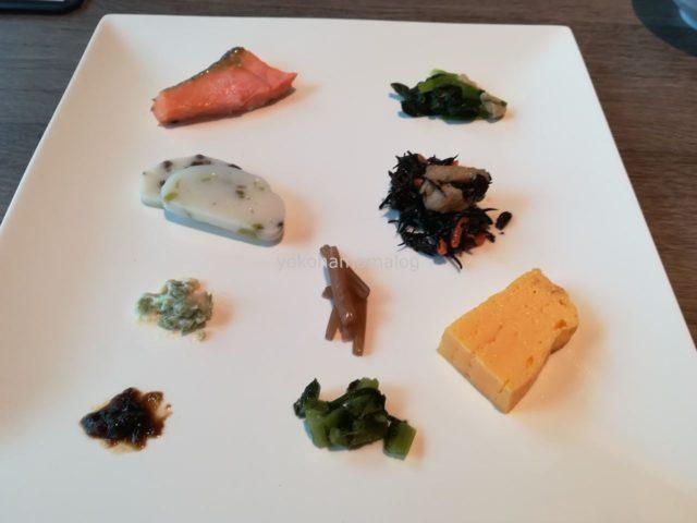 和食メニューをちょこちょことつまむのは楽しいですよね。