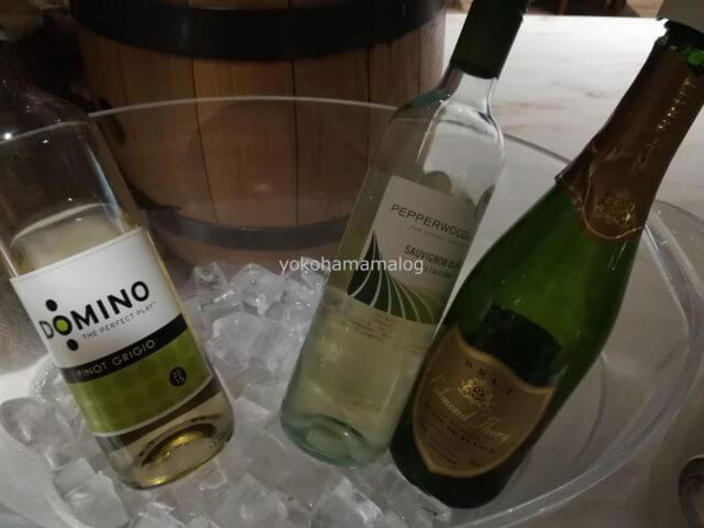 軽井沢マリオットのカクテルタイム。スパークリングワインやワインもあります。