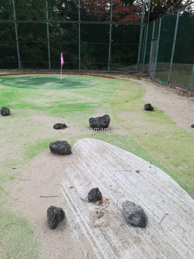 ラフォーレ修善寺のパターゴルフは9ホール。変化があるホールで楽しめます。