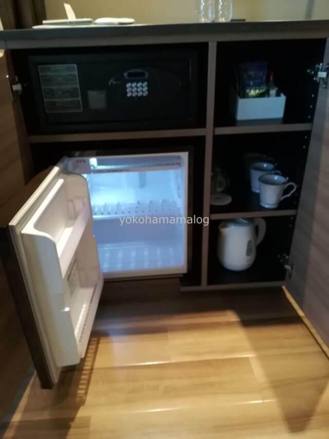 伊豆マリオット修善寺の冷蔵庫は持ち込み派にはうれしい空です。