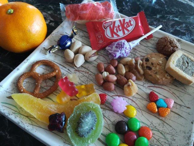 東京マリオットの新エグゼクティブラウンジで無料でお菓子や夕食をいただけました